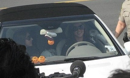 Britney Spears car october 2007 (cropped)