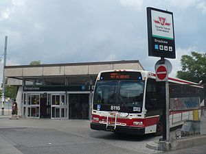 Broadview station - Image: Broadview TTC 8166