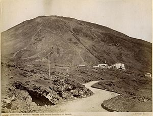 Funiculì, Funiculà - The Mount Vesuvius funicular in the 19th century