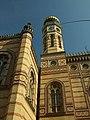 Budapešť, Erzsebetváros, synagoga, věž.JPG