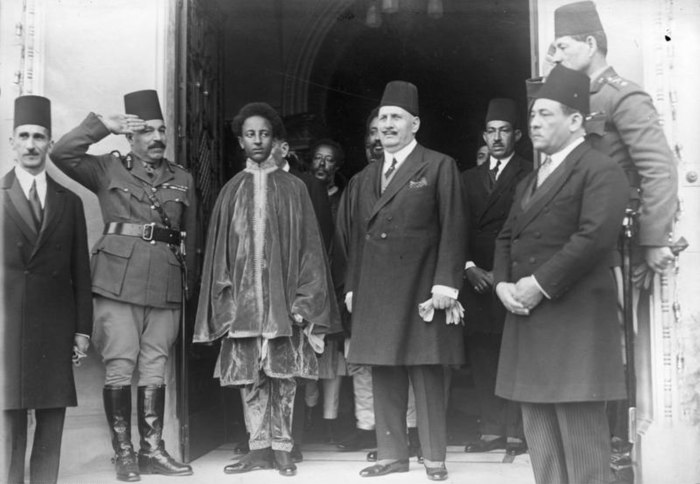 Asfaw Wossen with King Fuad I of the Kingdom of Egypt in 1931