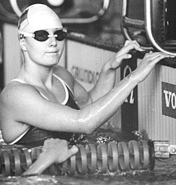 Bundesarchiv Bild 183-1990-0526-005, Dresden, Schwimmerin Daniela Hunger