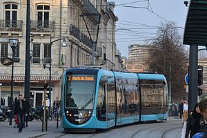 Trams in Besançon - A tram at the Battant tram stop in Besançon (2015)