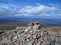 Cairn Lochan Summit - panoramio.jpg