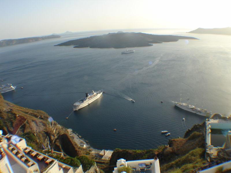 Archivo:Caldera (Santorini).jpg