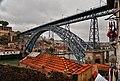 Calles de Oporto, Escaleiras dos Guindais.jpg