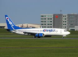 Canjet Boeing 737-800 C-FTCZ.jpg