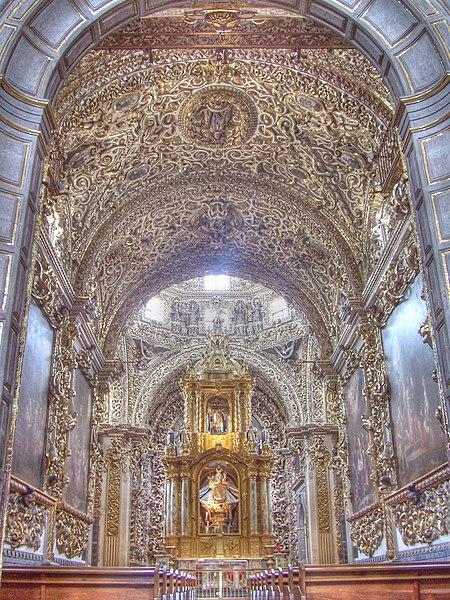 File:Capilla del Rosario Puebla.jpg