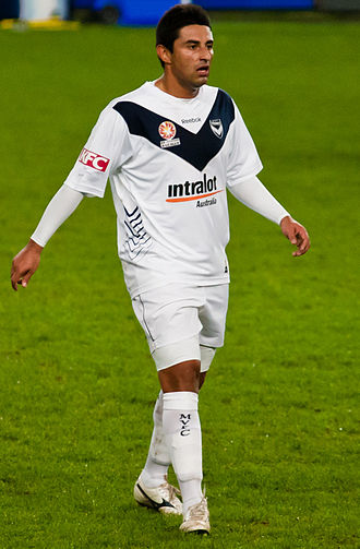 Carlos Hernández (footballer) - Carlos Hernández playing for Melbourne Victory in 2010