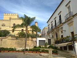 Castello e Palazzo Castriota Parabita.jpg