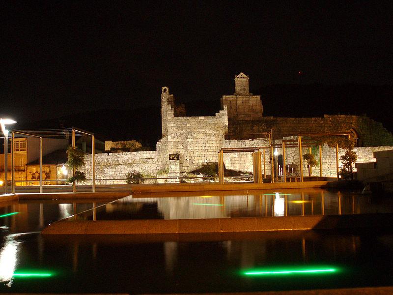 File:Castelo desde la alameda.jpg