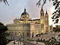 Catedral De La Almudena.jpg