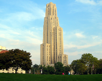 English: The Cathedral of Learning at the Univ...