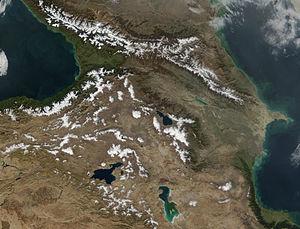 A cordilheira do Cáucaso vista do espaço