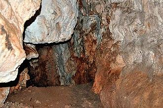 Plavecké Podhradie - Image: Cave Pri Krizi
