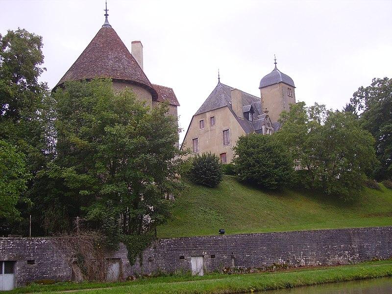 Le château de Châtillon-en-Bazois (France)