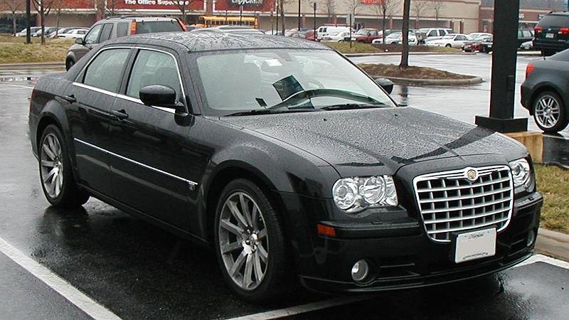 http://upload.wikimedia.org/wikipedia/commons/thumb/f/fb/Chrysler-300C-SRT8.jpg/800px-Chrysler-300C-SRT8.jpg