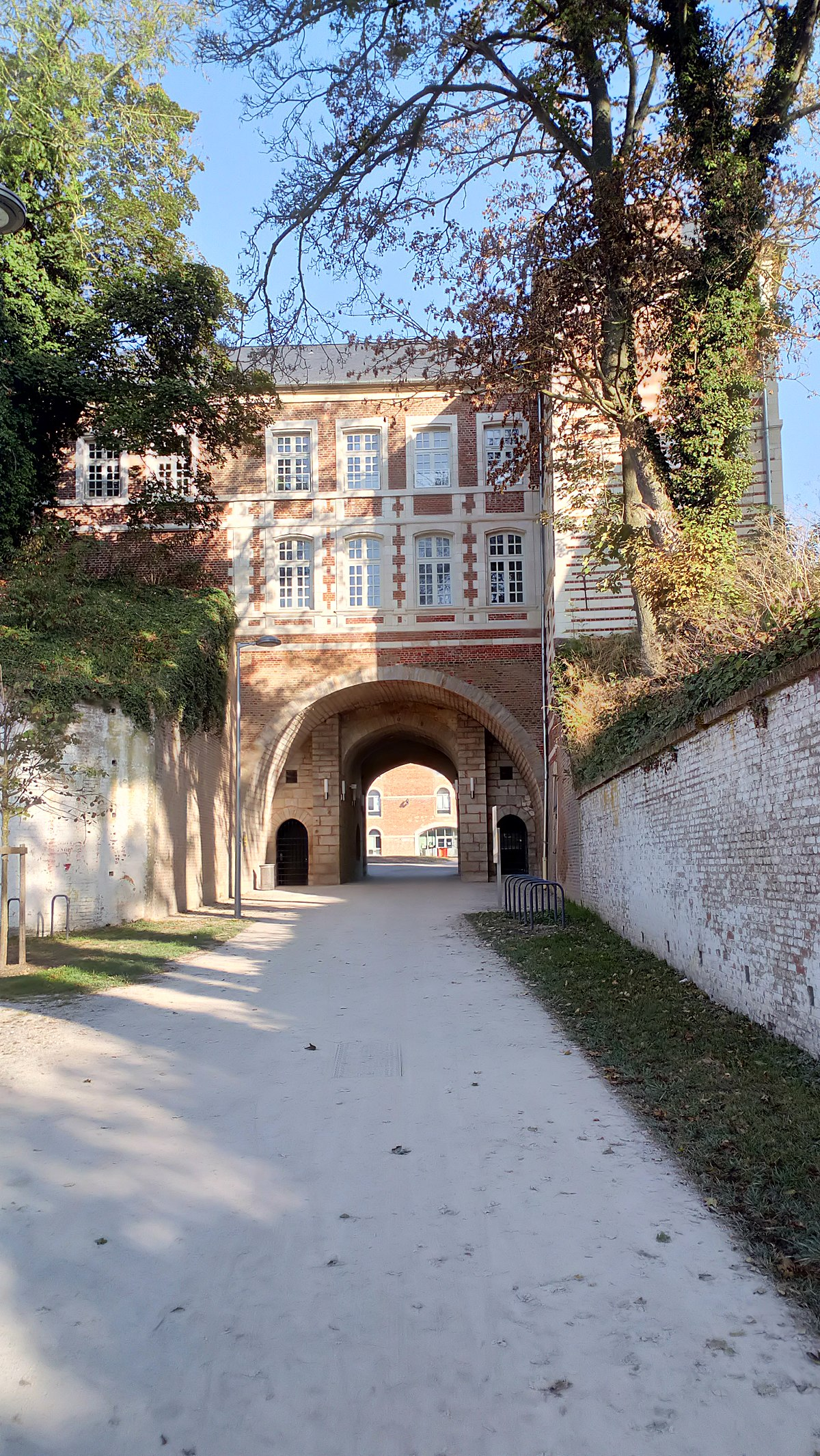 Decoratrice D Interieur Amiens citadelle d'amiens — wikipédia