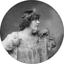 Constance Crawley02.jpg