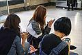 Conversation (Palais de Tokyo) (21755079366).jpg
