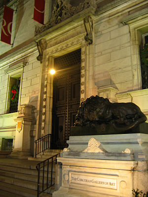 Ben Holladay - Holladay's lions at the entrance to the Corcoran Gallery of Art