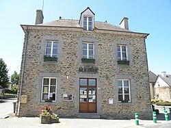 Cornillé - mairie face.jpg