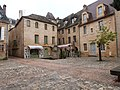 Cour des Fontaines (Sarlat) - 01.jpg