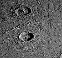 Crateri su Ganymede.jpg
