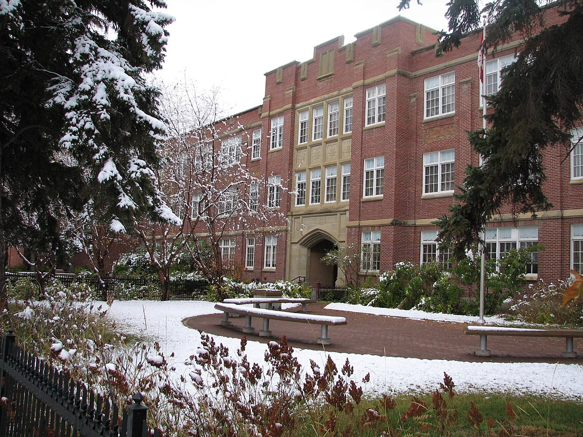Crescent Heights High School (Calgary, Alberta) - Wikipedia