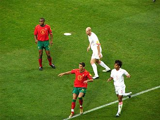 Jaap Stam - Stam (top center) with Jorge Andrade (left), Cristiano Ronaldo (bottom center) and Giovanni van Bronckhorst (right) during Holland's Euro 2004 semi-final against Portugal