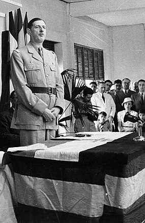 De Gaulle at the inauguration of the Brazzaville Conference, French Equatorial Africa, 1944 De Gaulle Brazzaville 1944.jpg