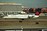 Delta N900EV Bombardier CRJ-200 (29702091090).jpg