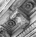 Detail gootlijst 4e verdieping westzijde - Amsterdam - 20011787 - RCE.jpg