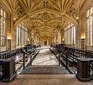 Divinity School Interior 2, Bodleian Library, Oxford, UK - Diliff.jpg