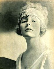 Doris Pawn - Feb 1920 Motion Picture Magazine.jpg