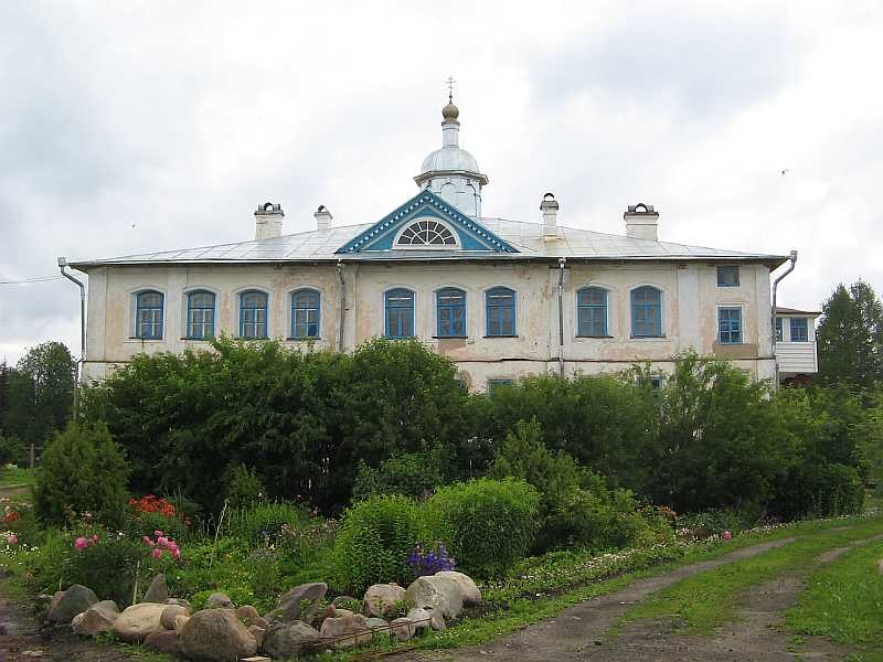 Dormition church in Pavlo-Obnorsky monastery 1