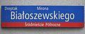 Dreptak Mirona Białoszewskiego tablica MSI plac Dąbrowskiego 7.jpg