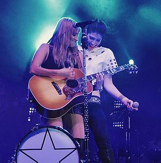 Ha*Ash - Image: Durante un concierto