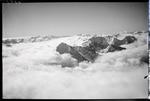 ETH-BIB-Bristen im Wolkenmeer, Adula v. N. aus 3200 m-Inlandflüge-LBS MH01-006309.tif