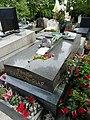 Edith Piaf tombe.jpg