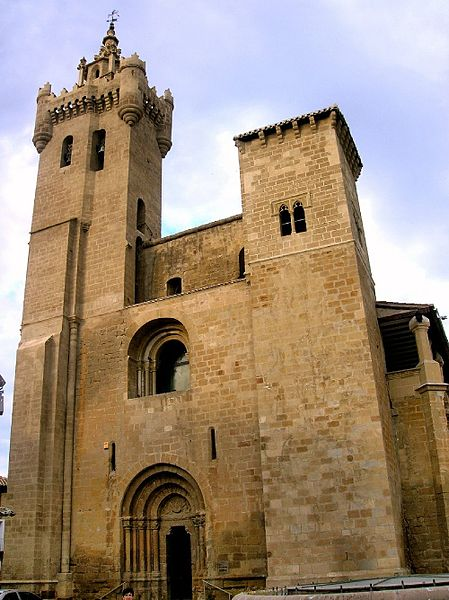 File:Ejea de los Caballeros - Iglesia de San Salvador 01.jpg