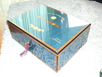 Humidor - An Elie Bleu Medaille humidor