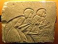 Epoca amarniana, frammento di rilievo da parete di una tomba con quattro scribi sotto dettatura, 1350-1333 ac..JPG