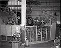 F-100 DAMAGE - DISASSEMBLED ENGINE COMPONENTS - NARA - 17449122.jpg
