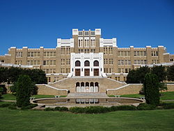 Facade of Central High School - Little Rock - Arkansas - USA - 01.jpg