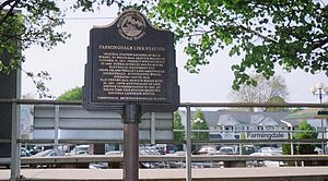 Farmingdale (LIRR station) - Farmingdale Station's Historical marker.