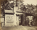 Felice Beato (British, born Italy - Exterior of the Tomb, Depot near Peking - Google Art Project.jpg