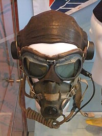 Flying cap and goggles, Museum of Liverpool.jpg