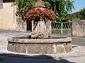 Fontaine (Agen-d'Aveyron).jpg