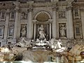 Fontana di Trevi - Flickr - dorfun.jpg
